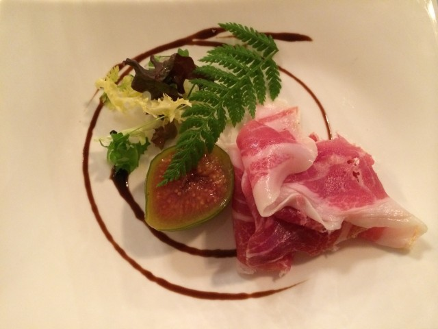 Iberico ham with preserved fig and crisp bread